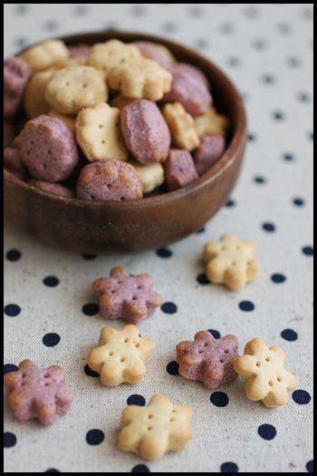 混ぜて焼くだけ簡単こどもおやつ!きな粉と紫いものビスケットとラッピング : ビジュアル系フード