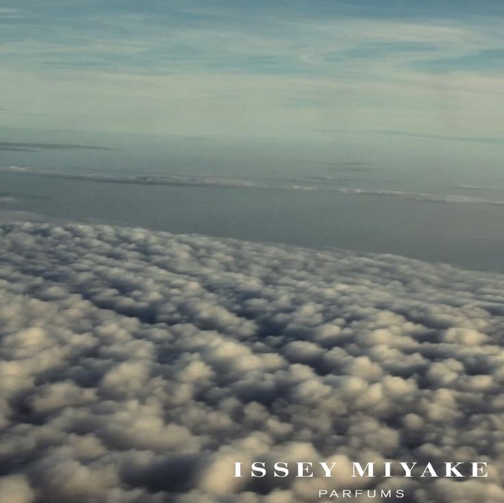 http://www.isseymiyakeparfums.com/en/experiences/breathe