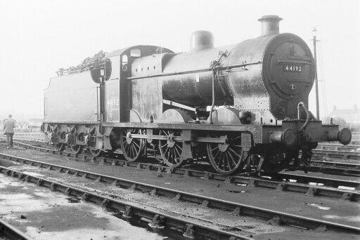 BR (LMS)  Fowler class 4F  0-6-0