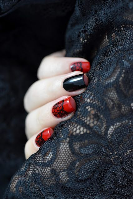 Marine Loves Polish: Nailstorming - Sexy, Burlesque & Dentelle nail art - Bundle Monster BM-XL302 - lace nail art