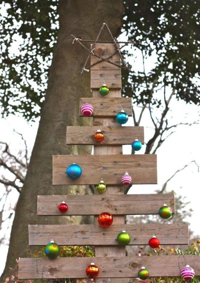Pin By Inocencia Almonte On Ideas Para Decorar Jardines Y Patios En Navidad Pallet Christmas Tree Christmas Yard Decorations Christmas Decorations Diy Outdoor