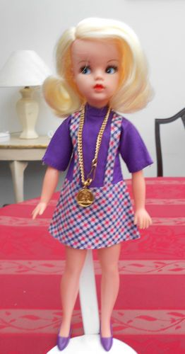 "1968 Side Part ""New Look"" Sindy doll by UK toy+doll maker Pedigree."