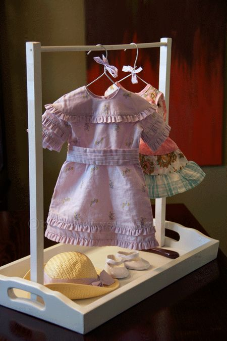 Sunday School: Doll Clothes Valet with Hangers {Tutorial} - Crafty Steals