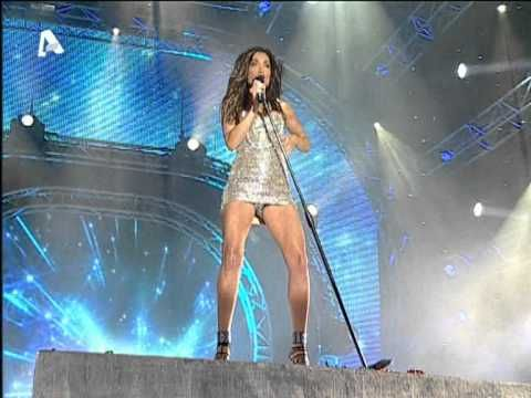 Despina Vandi - Iparxei Zoi - Mad Video Music Awards (HQ) - YouTube