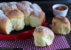 Buchteln alla nutella e alla marmellata - krapfen al forno, non fritti