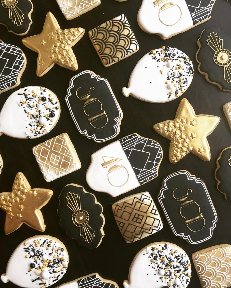 "270 Likes, 32 Comments - Enie Chae (@sweetjunipercookies) on Instagram: ""Last set of the year: NYE HBD HNY cookies. ✨Sending these off to a Gatsby-inspired birthday…"""