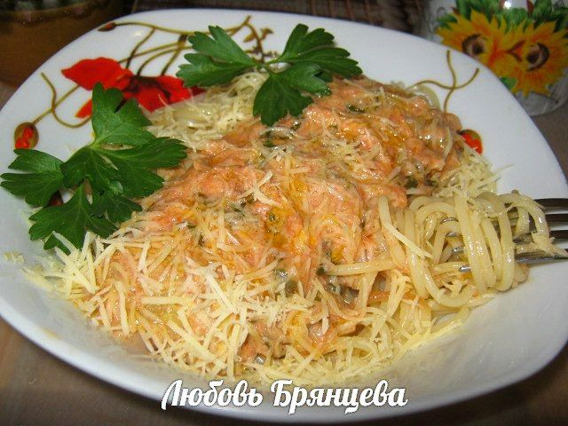 Кабачки тушеные в томатно-сметанном соусе