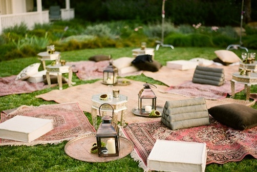 kmillerdesigns: theme tuesday - picnic wedding