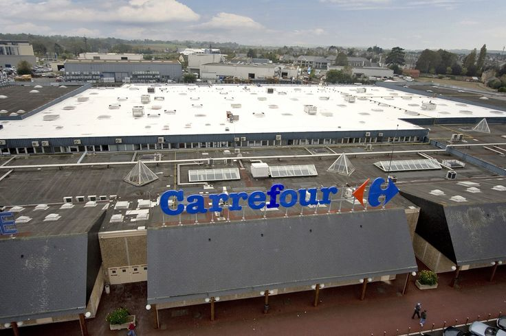 Carrefour St.-Malo, France UltraPly TPO Mechanically Attached System (MEC) 14.000 m²
