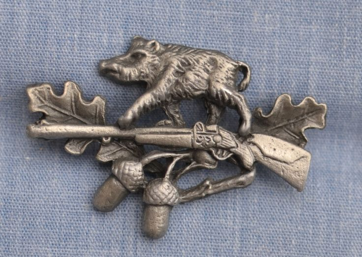 German Import Haus - HP8244 Boar, Rifle, Acorns Hat Pin, $8.00 (http://www.germanimporthaus.com/hats-pins-feathers-and-gamsbarts/hat-pins-german-hat-pins/hp8244-boar-rifle-acorns-hat-pin.html/)