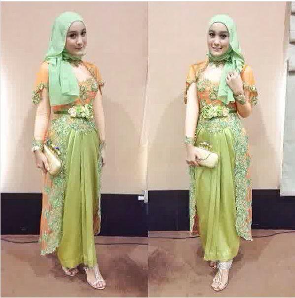 Kebaya Hijab (4)-Hijau Muda