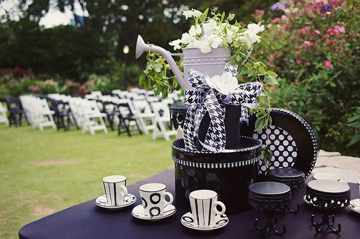 Creative Atlanta Wedding by Susan Graham Events. To see more: http://www.modwedding.com/2014/09/05/creative-atlanta-wedding-susan-graham-events/ #wedding #weddings #wedding_ceremony