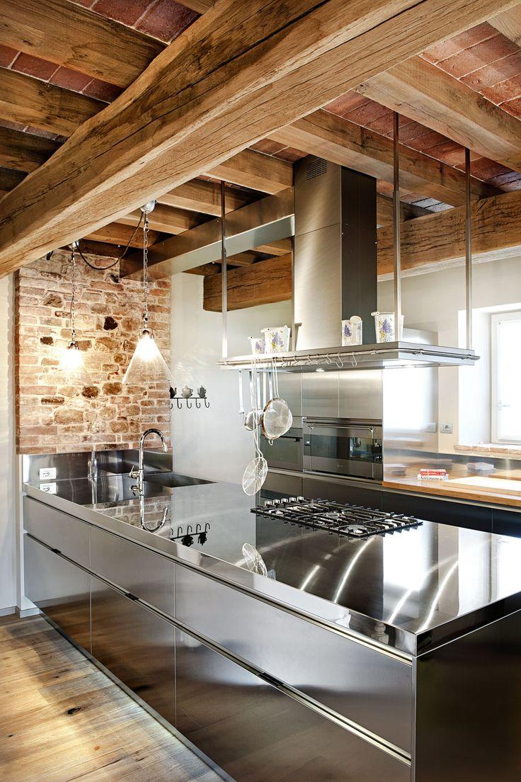 Pi di 25 fantastiche idee su interni di casa di campagna for Arredamenti case bellissime