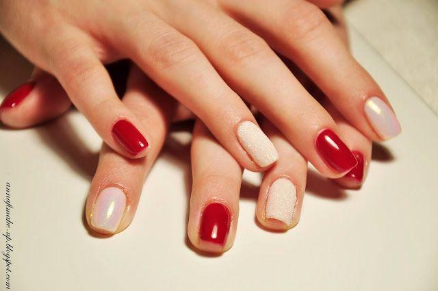 czerwone paznokcie, manicure hybrydowy, syrenka na paznokciach, syrenka indigo, szron na paznokciach,