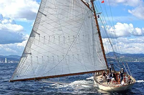sunshine - William Fife Junior 126 Classic Schooner #yacht #yachts