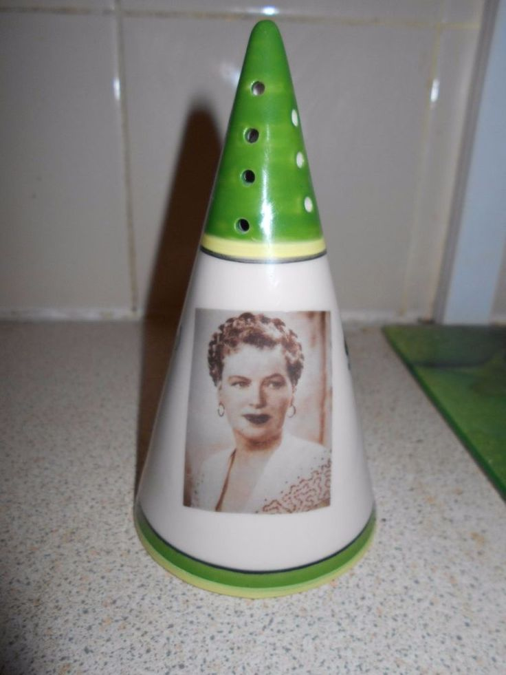 Gracie Fields (Green/Yellow) Sugar Sifter By Chris Rogers