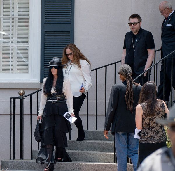 Cher Photos - Singer Cher attends the Gregg Allman funeral on June 3, 2017 in Macon, Georgia. Allman died May 27th due to complications from liver cancer at the age of 69. - Gregg Allman Funeral