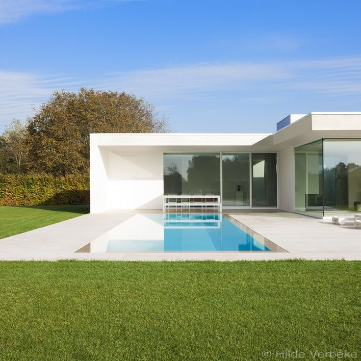 Overloopzwembad aanleggen liner zwembad met zicht op de leie de mooiste zwembaden garden for Modern zwembad