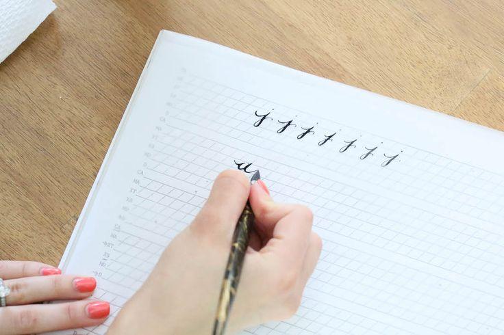 25 Unique Calligraphy Course Ideas On Pinterest