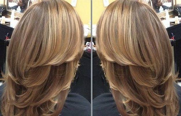 Contenido Los mejores cortes de cabello en capas (adsbygoogle = window.adsbygoogle || []).push({}); ¿Cómo lucir estos cortes de cabello?Corte de… Leer más
