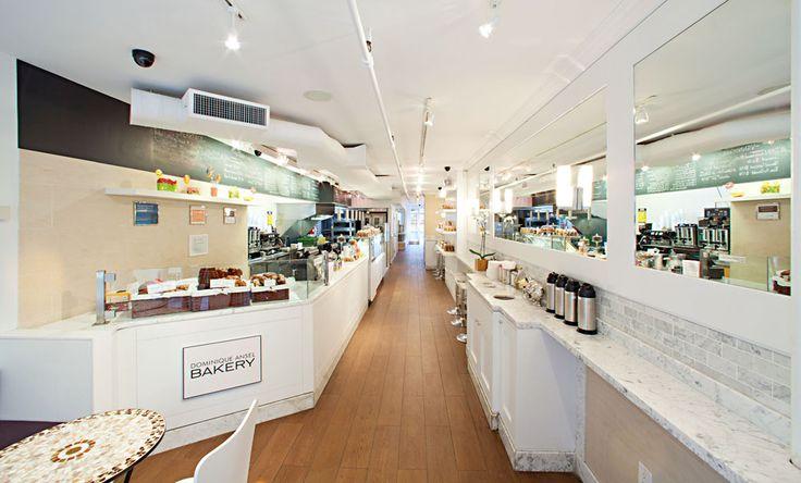 Interior toko roti milik Dominique Ansel yang tersohor di New York. Di toko roti inilah perpaduan Croissant dan Donut menjelma menjadi Cronut untuk pertama kalinya.