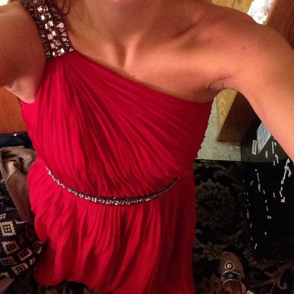 Red Stunning Prom Dress My favorite prom dress ever. I felt like a goddess. Jeweled shoulder and waist. Perfect condition. White House Black Market Dresses
