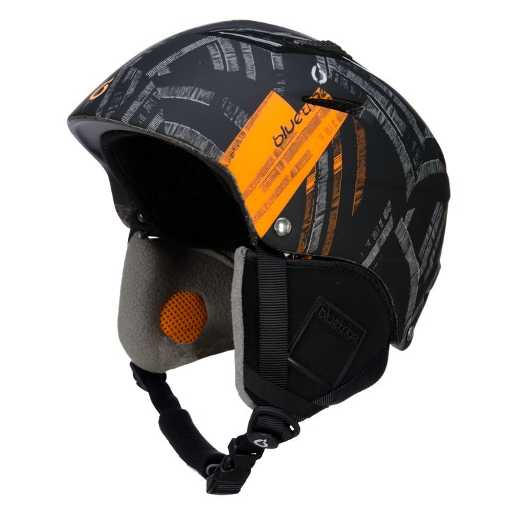Bluetribe V-Power strapped ski helmet, black Sporty ski helmet with print and lots of ventilation Cool skihelmet made by Bluetribe. Designed by and for wintersportfreaks! The ski helmet has a sporty look. The active ventilation gives a cool and comfy feeling.  The ski helmet is adustable, you can fit it easily to your headsize. A good size ski helmet can prevent a lot of damage to your head.