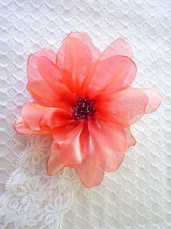 Bentita cu floare portocalie (10 LEI la nicolebijou.breslo.ro)