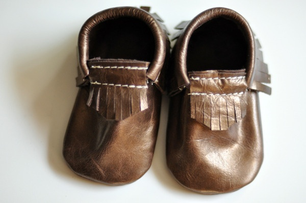 Freshly Picked Handmade Leather MoccasinsBaby Moccasins, Baby Oooooh, Baby Baby, Baby Levis, Baby Boys, Amazing Shoes, Baby Mj, Fresh Pick Moccasins, Baby Shoes