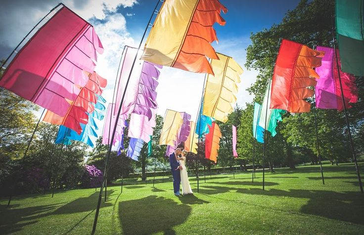 Everyone loves a good festival – in fact, I am currently recovering from the X Music Festival in Cardiff as we speak! So how about a festival themed wedding – doesn't that just so…