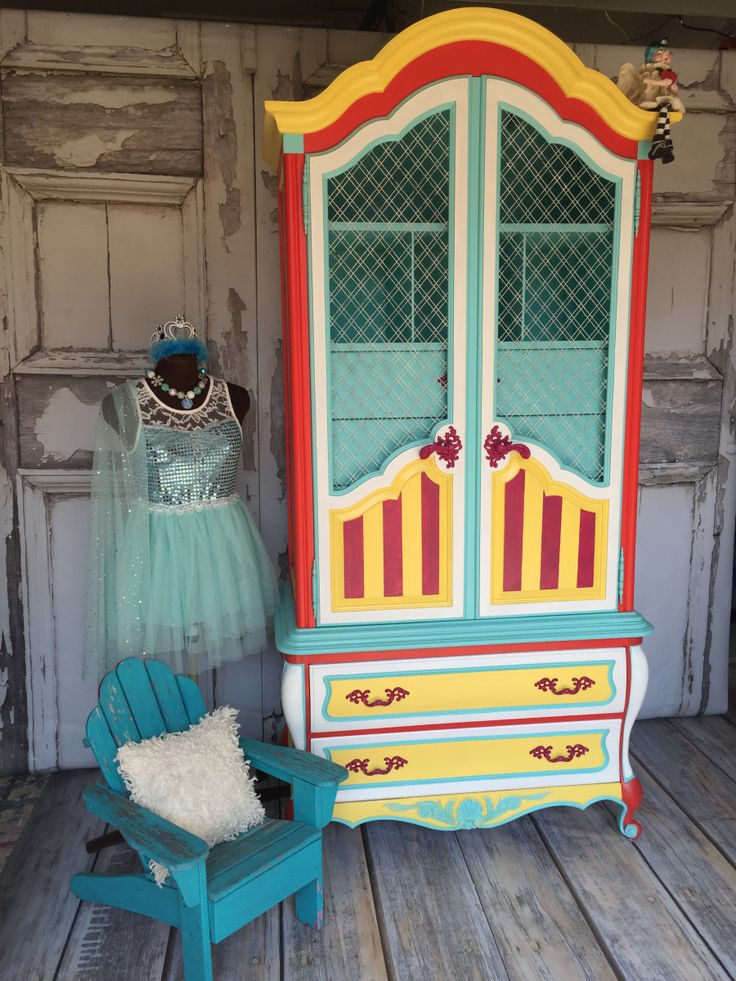 Circus, Circus | Tracey's Fancy for Heirloom Traditions Paint