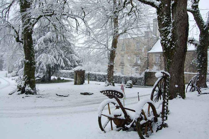 3 saisons sur le Parc Naturel Régional Périgord-Limousin   Camping Dordogne - Château le Verdoyer - Kawan Village