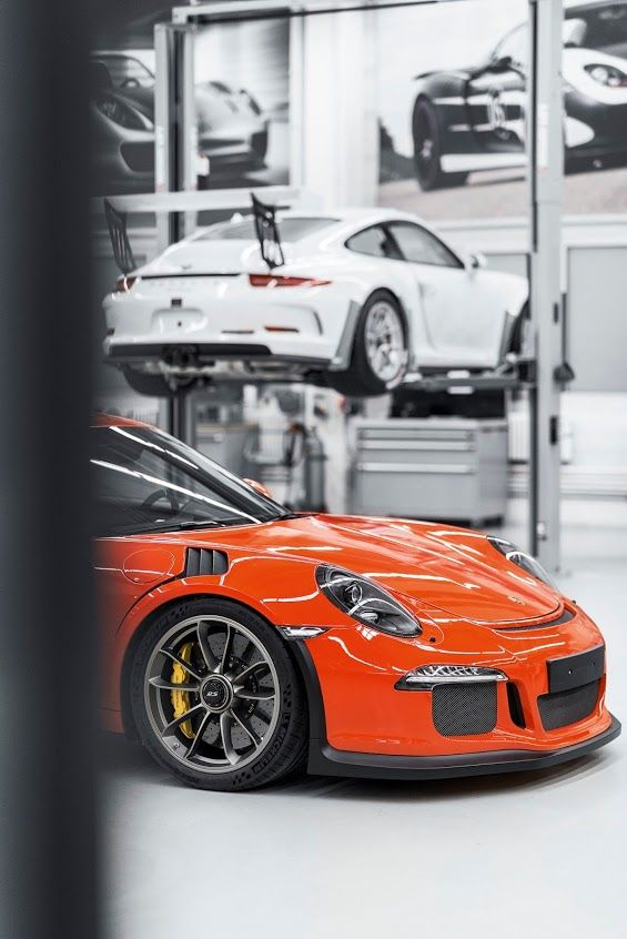 The Porsche 911 GT3 RS #carleasing deal | One of the many car and van makes available to lease from www.carlease.uk.com