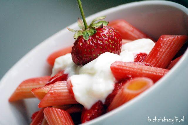 Kuchnia Bazylii: Makaron z truskawkami