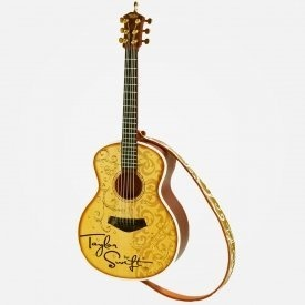 guitar ornament from Taylor Swift's store. WANT!!!!!!!: Gifts Ideas, Christmas Ornament