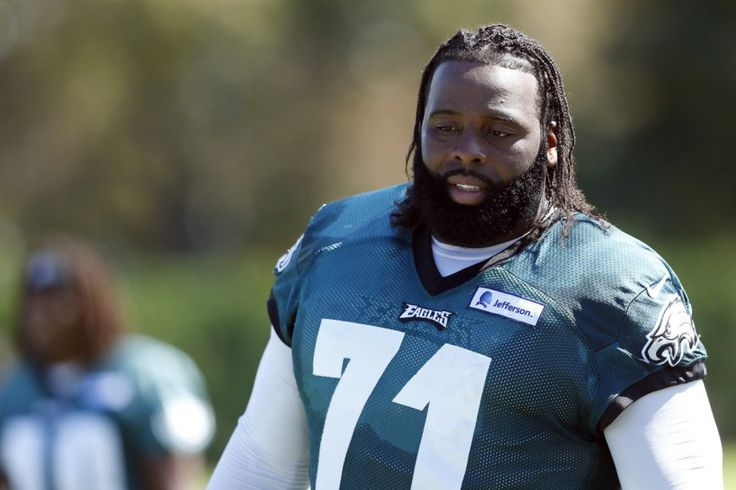 Eagles GM Howie Roseman Could Look to Trade Jason Peters