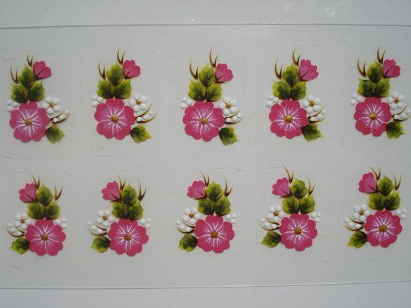 Flor Aberta em Dois Tons de Rosa com Botão e Margarida Para Unha Inteira