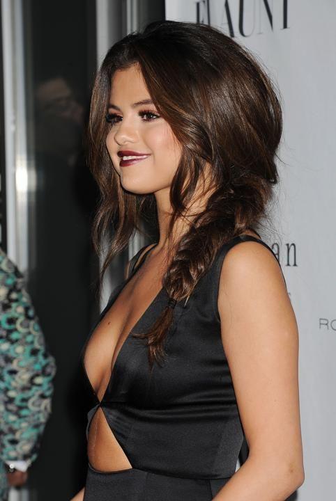 Selena Gomez (Messy Prom Hair)