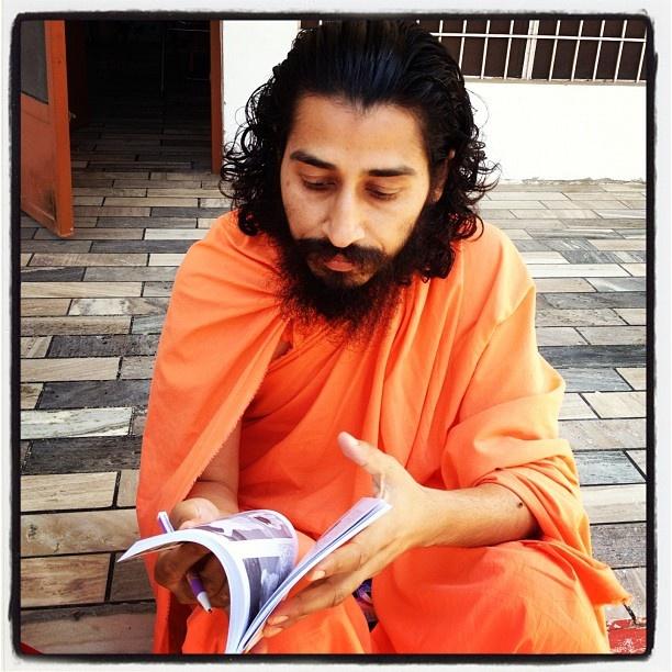 #love, #instagood, #cute, #photooftheday, #instamood, #iphonesia, #beautiful, #happy, #india, #niceview, #Indian, #travel, #traveller, #nature, #ashram, #guru, #amrta, #agni, #buddha, #maharajji, #yoga, #sskyoga, #kriya, #mahayoga, #mudra, #prana, #punjab, #bathinda, #svamiji - @uexpert- #webstagram