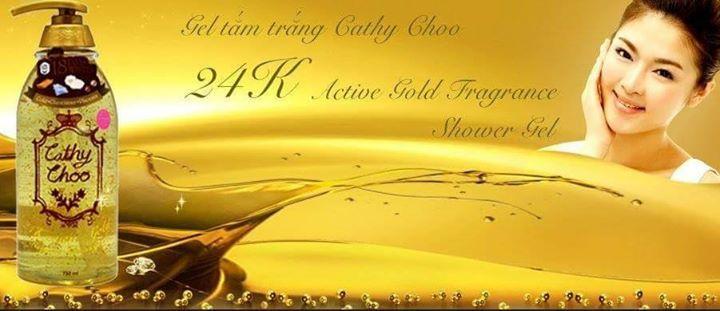 CATHY CHOO 24K ACTIVE GOLD FRAGRANCE SHOWER GEL  330ml HARGA : RM25.00 POSTAGE: RM8.00 (SM) RM12.00 (SS)  750ml HARGA : RM35.00 POSTAGE: RM10.00 (SM) RM16.00 (SS)  Gel Mandian Pencerah Kulit Dlm Masa 18 Hari.   # Glutathione dan plasenta  # Gel mandian campuran emas 24K  # Anti-Aging shower gel  # Dapat menjadikan kulit lebih licin  # Lembab dan mencerahkan  # Membantu peredaran darah yang baik  # Gel mandian ANTI PENUAAN  # Lihat kesan dalam pengunaan 18 hari sahaja.   Produk ini telah…