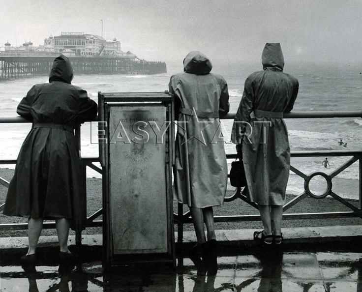 Brighton in the rain, 1949