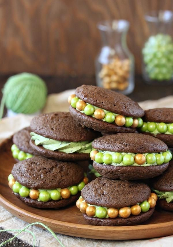 Mint Chocolate Chip Whoopie Pies | Recipe