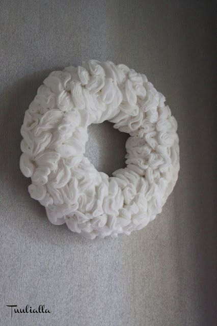 Wreath from cottonbads - tutorial