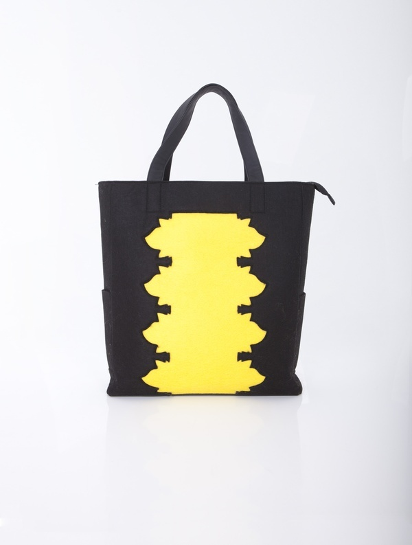 Large bag with a characteristic pattern