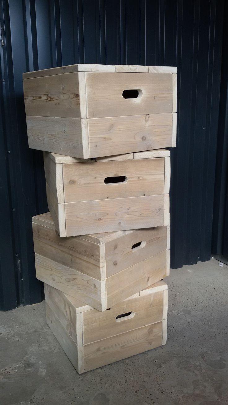 Zeepkist of klein podium van gebruikt steigerhout