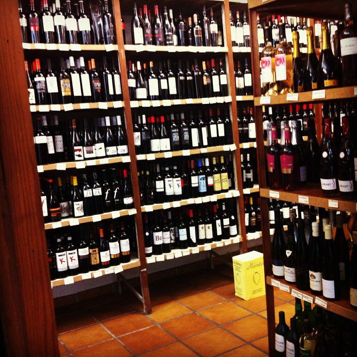 Esto es una #bodega y lo demás, tonterías... #vino #españa