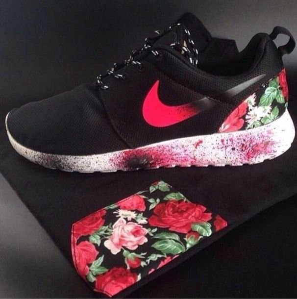 Nike Roshe Run Rose Fleur