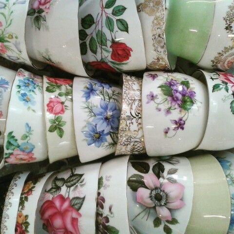 Teacups everywhere ♥