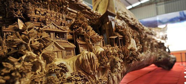 Chinese Sculptor Spends 4 Years Creating World's Longest Wooden Sculpture | DeMilked