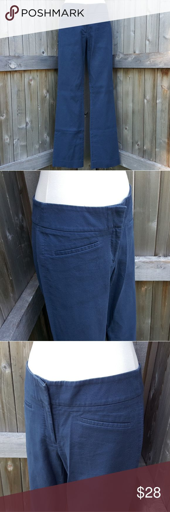 """Ann Taylor Loft Julie Bootcut Navy Dress Pants 2 T These classic dress pants come in a versatile navy blue. They are in good pre-owned condition with only minor signs of wear as can be seen in the photos (minor snag). They are a size 2 tall. The inseam is approximately 33"""" and the front rise is about 8.5"""". LOFT Pants Boot Cut & Flare"""
